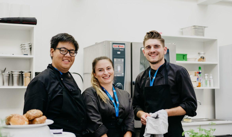 Corona Support Staff von ucm.agency - Küchenhilfen