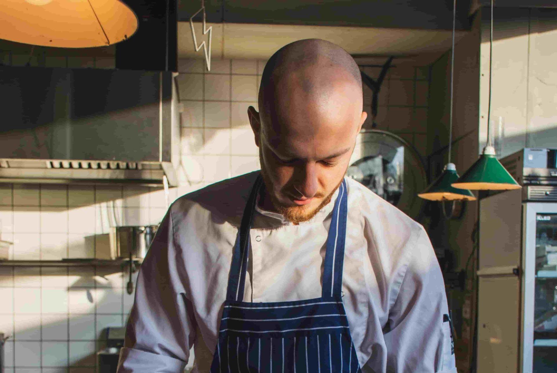 Mit fleißigem Küchenpersonal von ucm.agency wird Ihre Veranstaltung zum vollen Erfolg
